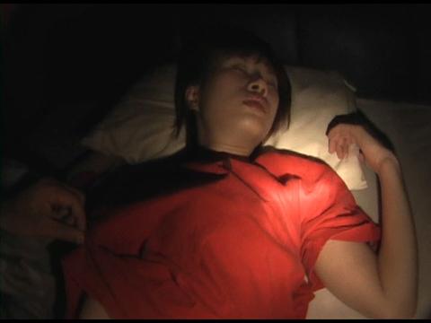 夜這い 寝た娘を犯せ 3 無修正画像01