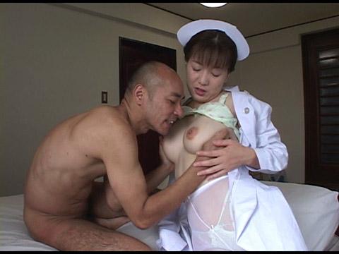 患者の悪い汁を絞り取る堕天使素人 無修正画像01