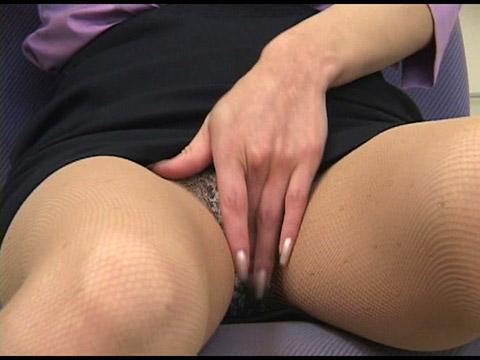 ポルノワールド 素人OLの日常絹川紗代季 無修正画像02