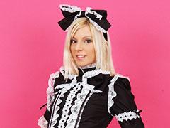 ハンガリー美女と異文化交流 - デヴィ -