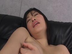 罠に堕ちた美尻妻 03