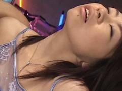 罠に堕ちた美尻妻 05