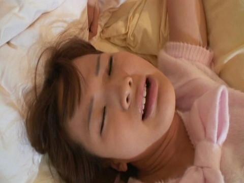 ロリ姫のアナルを責めまくって二穴セックス Vol.3 無修正画像05